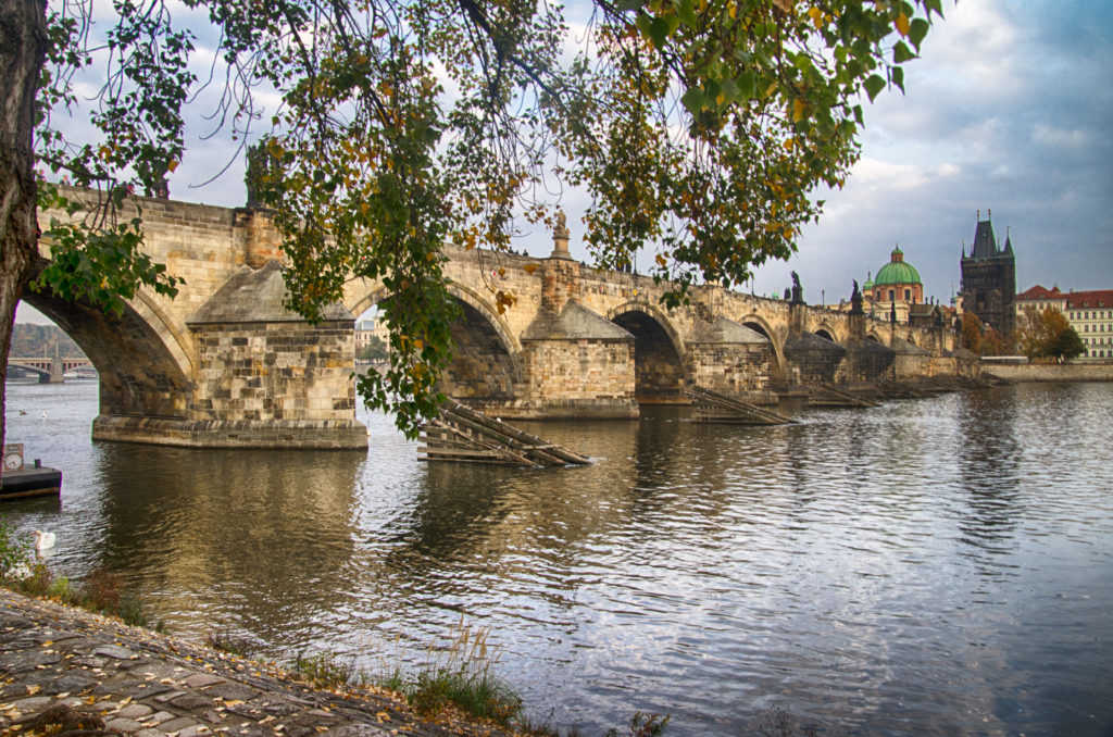 The famous Charlesbridge in Prague can be seen from the riverside.